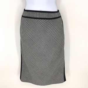 WHBM Houndstooth Pencil Skirt